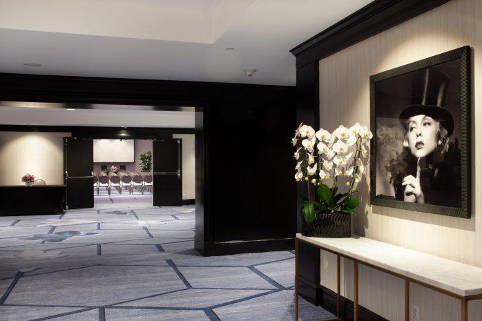 beverly-foyer-decor-detail-2-medium-rez